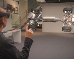 Шлем Microsoft HoloLens Development Edition получил первое обновление прошивки