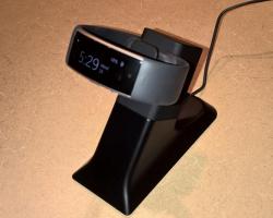 В магазине Microsoft появилась зарядная станция для Microsoft Band 2