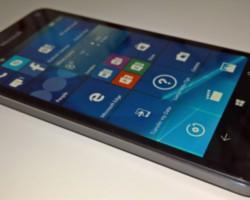 Утечка: «живое» фото и характеристики Lumia 650