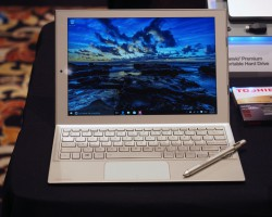 Toshiba DynaPad— очередной клон Microsoft Surface