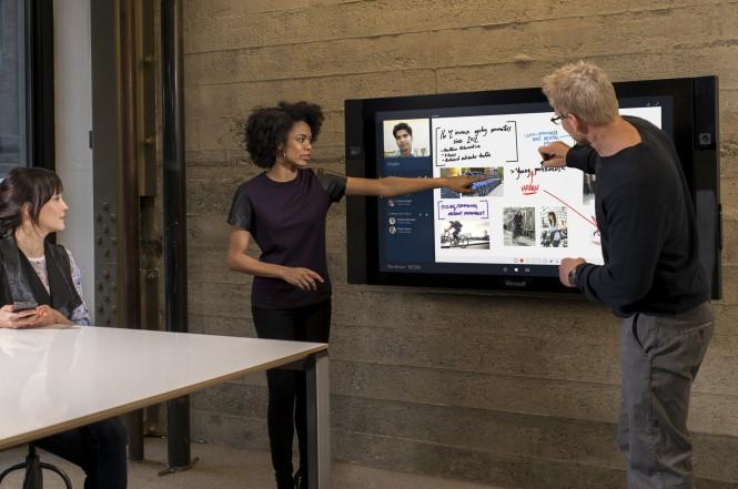 Microsoft_Surface-Hub