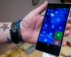 Windows-смартфон VAIO Phone Biz появился в продаже