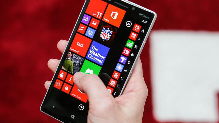 Lumia Icon скоро начнет поддерживать ознакомительные сборки Windows 10 Mobile