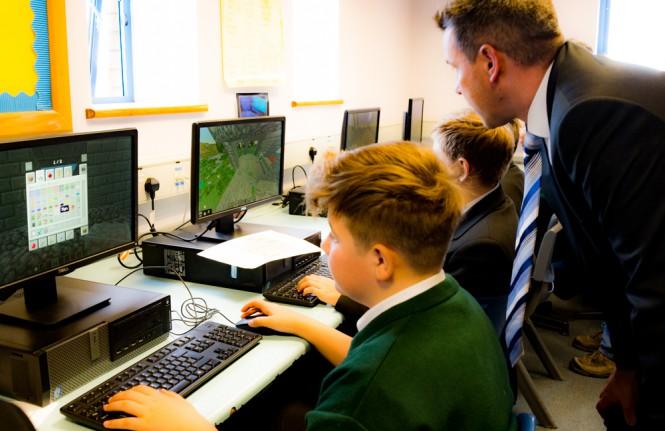 Открыт временный бесплатный доступ к Minecraft Education Edition