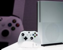 Почему Microsoft задерживает выпуск консоли Project Scorpio?