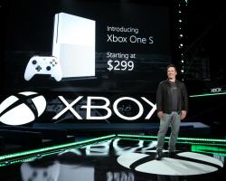 Объём предзаказов на Xbox One S превзошёл ожидания Microsoft