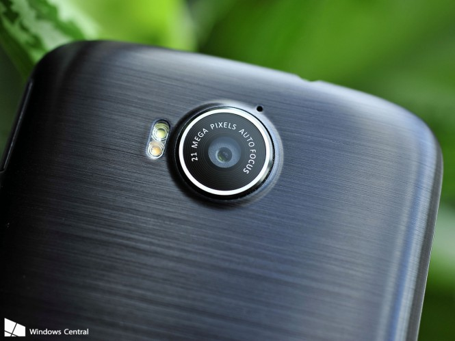 Acer-Jade-Primo-camera-1