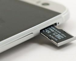 Sony будет выпускать карты памяти и флешки в России