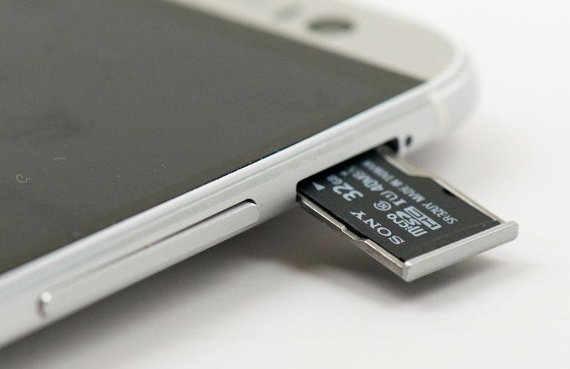 Сони запустила производство карт памяти иUSB-устройств в северной столице