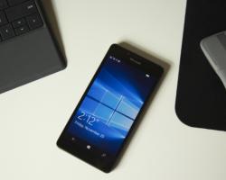 Microsoft: Windows10 Mobile— недля обычных пользователей