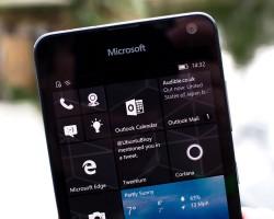 Microsoft Lumia 650 получает обновление спробуждением подвойному нажатию наэкран