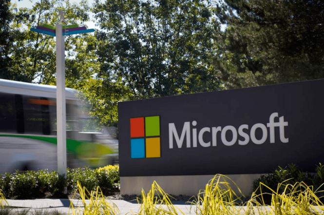 Microsoft запустила публичное тестирование Outlook.com Premium