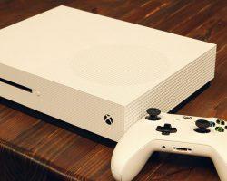 В России появилась консоль Xbox One S и подешевели старые модели Xbox One
