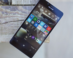 На Windows 10 Mobile вышла сборка под номером 15207