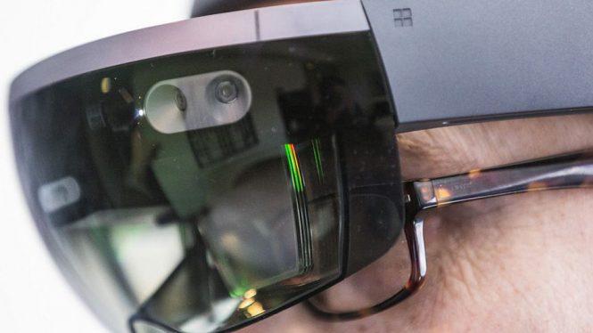Microsoft рассказала некоторые детали о HoloLens 2.0