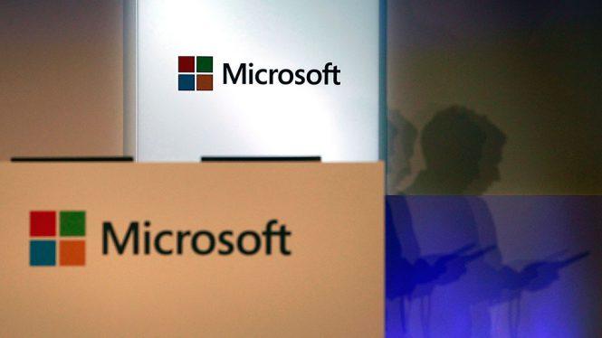 Вкомпании Microsoft уволят три тысячи служащих