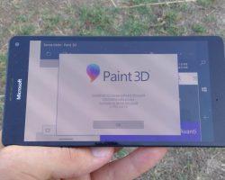 На Windows 10 Mobile было замечено приложение Paint 3D