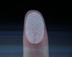 Новый патент от Microsoft – сканер отпечатков пальцев, встроенный в экран