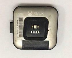 В сети появились фотографии не вышедших часов Microsoft Xbox Watch