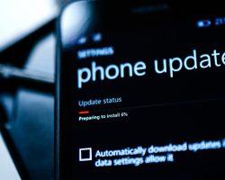 Поддержка приложений Office для Windows 10 Mobile завершится в январе 2021 года