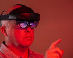 «Росскосмос» работает с очками дополненной реальности от Microsoft