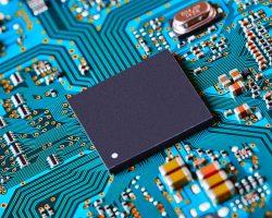 Microsoft работает над созданием более эффективного чипа безопасности